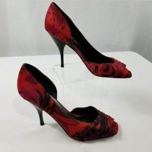 Nine West Womens Size 7AA  Red Black Satin Pumps
